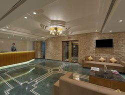 Rajkot hotels with swimming pool