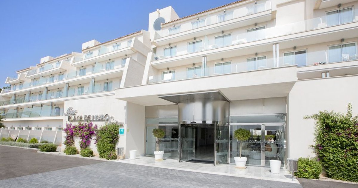 Mar Hotels Playa de Muro Suites