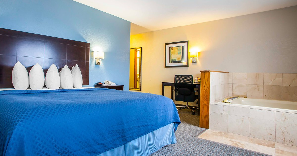Quality Inn & Suites Ankeny