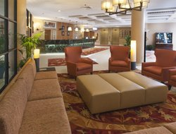 Top-10 hotels in the center of Auburn Hills