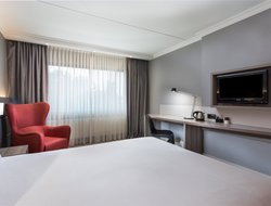Amsterdam Schiphol Airport hotels with swimming pool