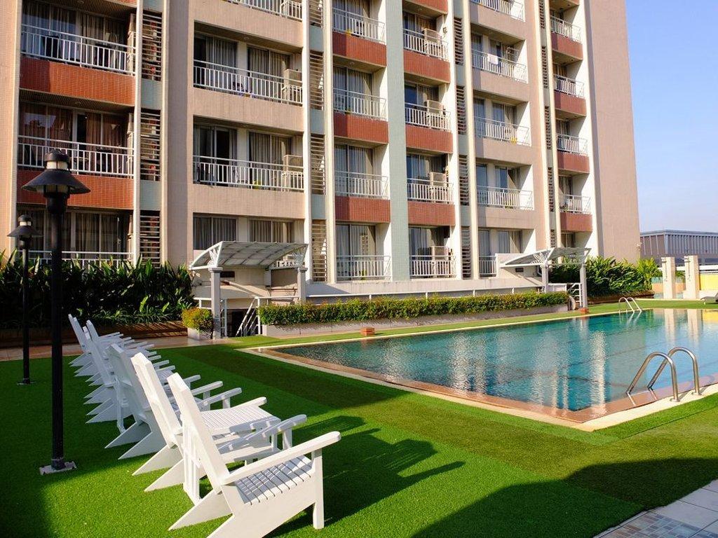 Affordable Bangkok Hotel near BTS