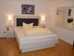 Pets-friendly hotels in Baunatal