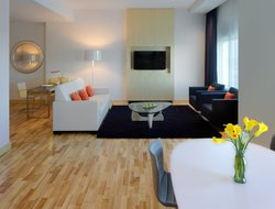 Business hotels in Bloomington