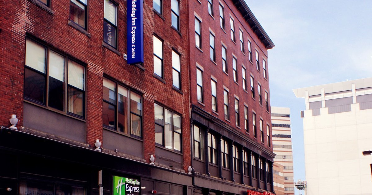 Hotel Holiday Inn Express Hotel And Suites Boston Td Garden Boston