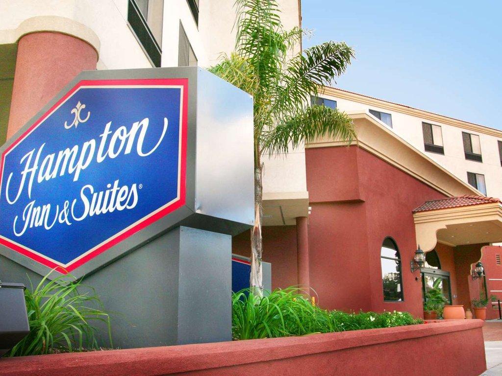 Best hotels near Burbank Airport