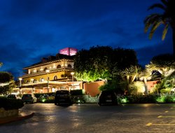 Top-10 hotels in the center of Calpe