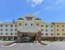 Cedar Rapids hotels with restaurants