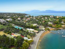 Chalkis hotels with swimming pool