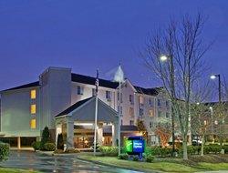 Chapel Hill hotels with restaurants