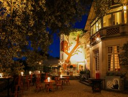 Top-8 hotels in the center of Cognac
