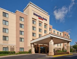 Chesapeake hotels with swimming pool