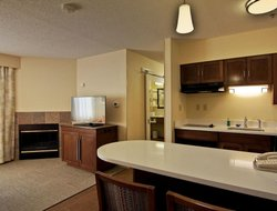 Chillicothe hotels with swimming pool