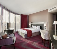Paris: CityBreak no Holiday Inn Paris - Porte De Clichy desde 71.61€