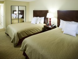 Clovis hotels for families with children