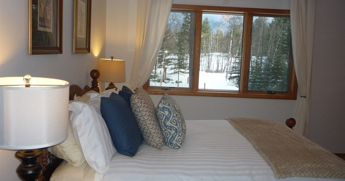 Meadow Lake View Bed and Breakfast