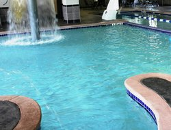 Westerville hotels with swimming pool