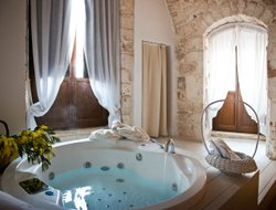 Top-4 hotels in the center of Conversano