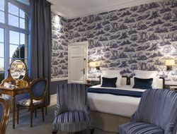 Deauville hotels with sea view