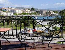 Top-4 romantic Galaxidi hotels