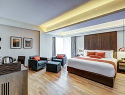 Dhaka hotels with swimming pool