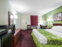 Dothan hotels for families with children