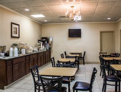 Pets-friendly hotels in Dunn
