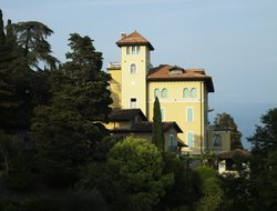 Top-10 hotels in the center of Gardone Riviera