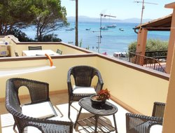 Top-5 hotels in the center of Golfo Aranci