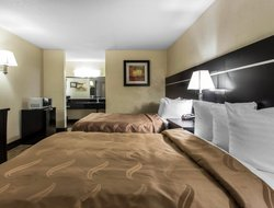Pets-friendly hotels in Goose Creek