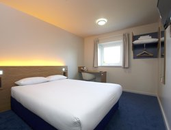 Guildford hotels with restaurants
