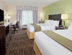 Madison hotels with restaurants