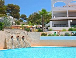 Pets-friendly hotels in Cala de Portinatx