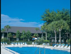Kissimmee hotels with restaurants