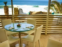 Peru hotels with sea view