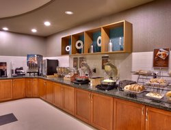 Lehi hotels with restaurants