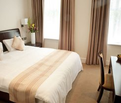 Londres: CityBreak no The Villa Kensington desde 74.36€
