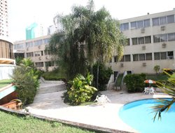 Londrina hotels with swimming pool