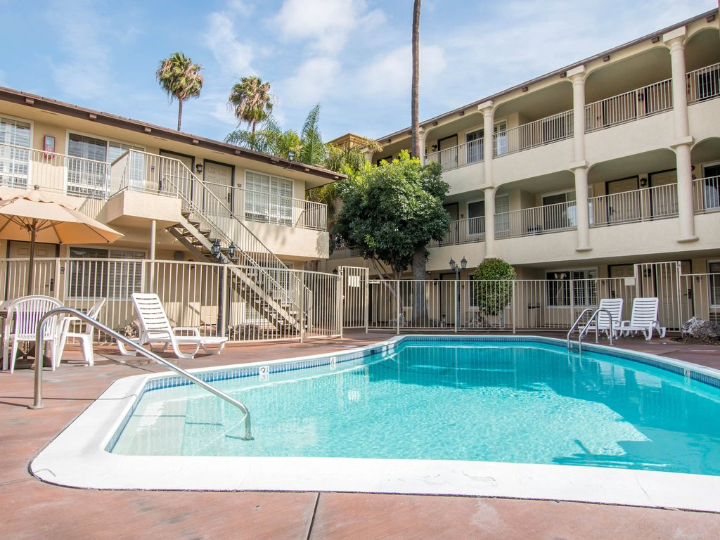 Budget Hotels in Downtown LA