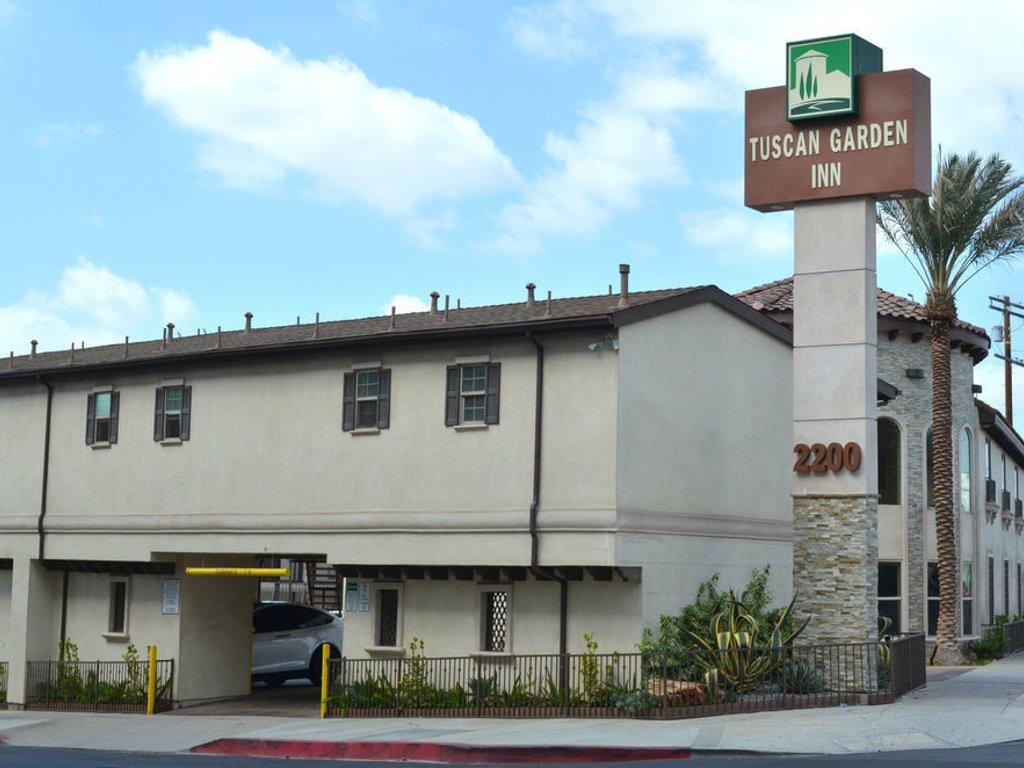 Cheap Hotels in Downtown LA