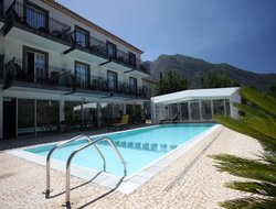 Sao Vicente hotels with swimming pool