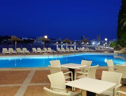 Magaluf hotels with restaurants