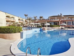 Cala Ratjada hotels with swimming pool