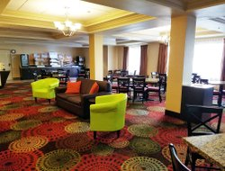 Missoula hotels with restaurants