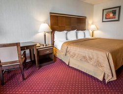 Mount Airy hotels for families with children