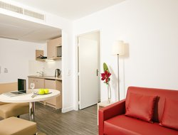 Pets-friendly hotels in Nanterre