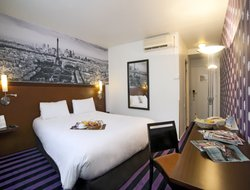 Nanterre hotels with restaurants