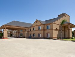 Port Lavaca hotels with swimming pool