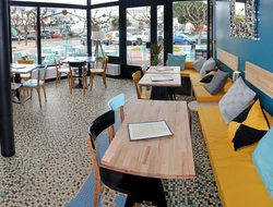 Royan hotels with restaurants