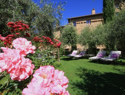 Top-3 romantic San Quirico d'Orcia hotels